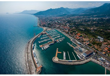 Marina di Loano 77m