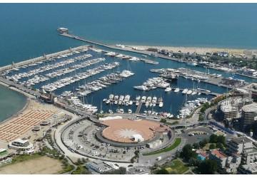 Marina di Rimini 27m