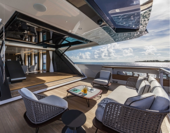 Striking technological invention on Custom Line 120 is honoured at the 2018 Boat Builder Awards